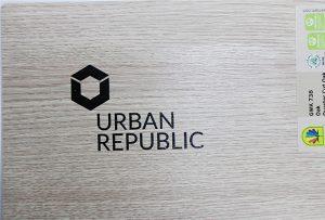 WER-D4880UV 2による木材へのロゴ印刷